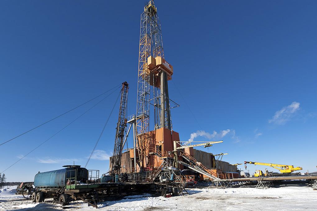 Бурение скважин, добыча нефти и газа